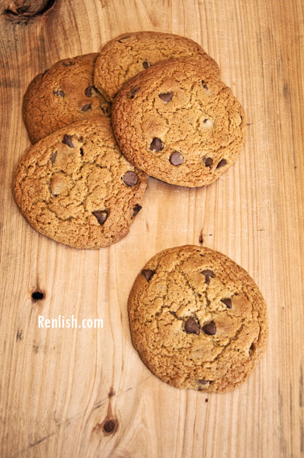Renlish.com - Chocolate Chip Cookies